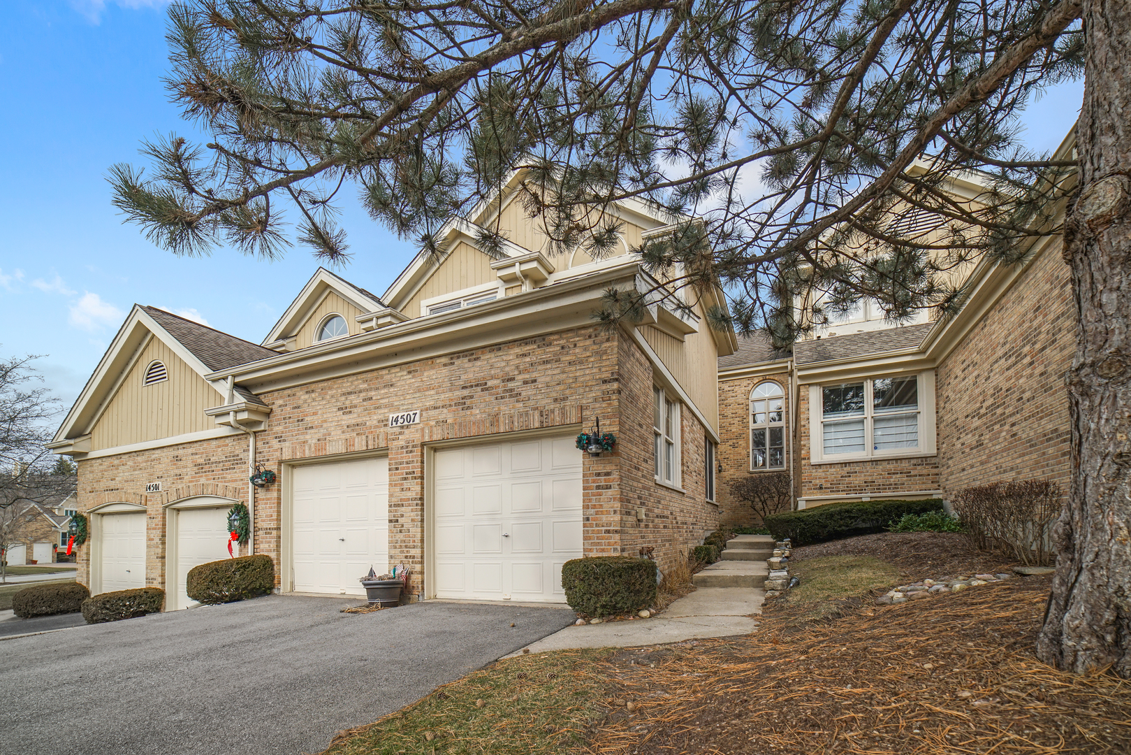 14507 Golf Road, Orland Park, IL 60462