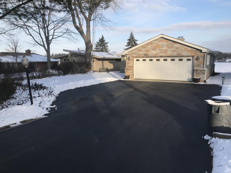 39220 N Cedar Crest Drive, Lake Villa, IL 60046