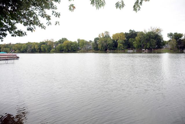 3816 Riverside Drive, Crystal Lake, IL 60014