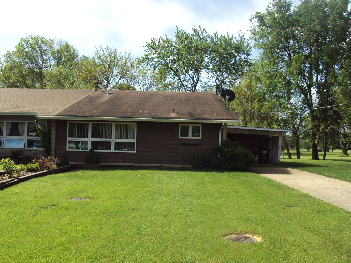 1514 Golfview Road, Rantoul, IL 61866