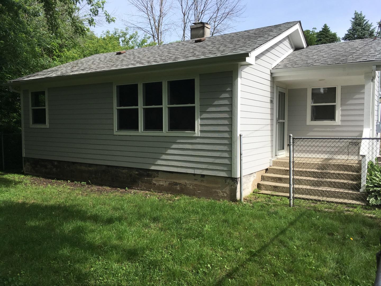 1208 W South Avenue, Spring Grove, IL 60081