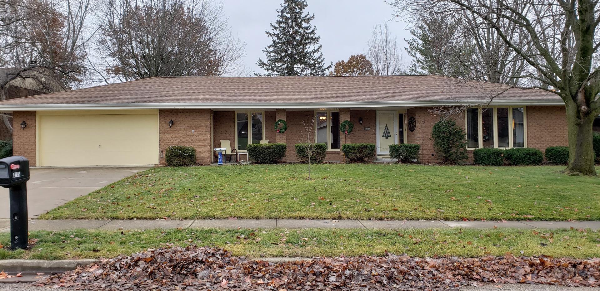 2705 Hall Court, Bloomington, IL 61704