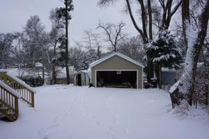 3403 Ridge Road, Island Lake, IL 60042