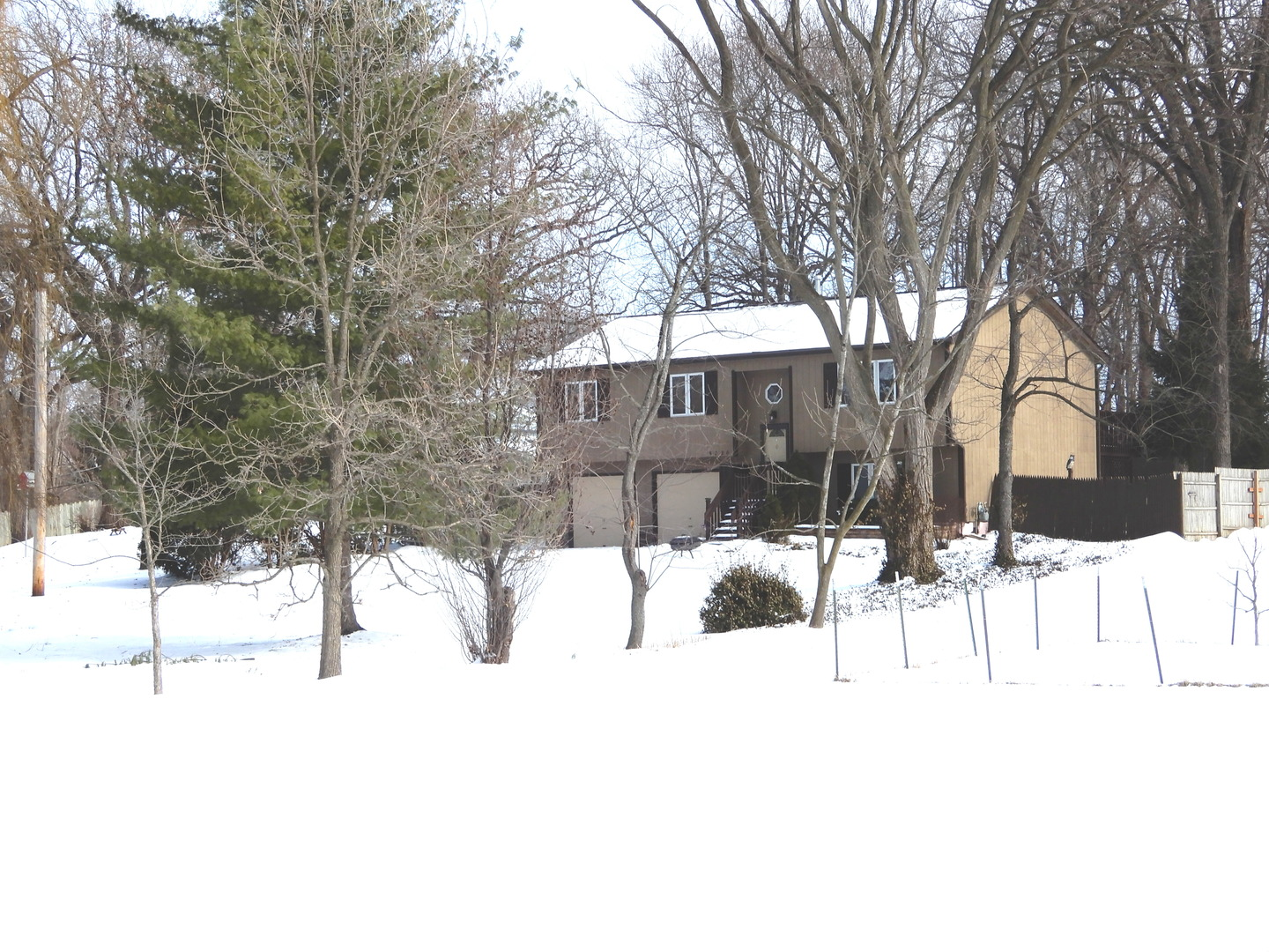 5020 Memory Trail, Mchenry, IL 60051