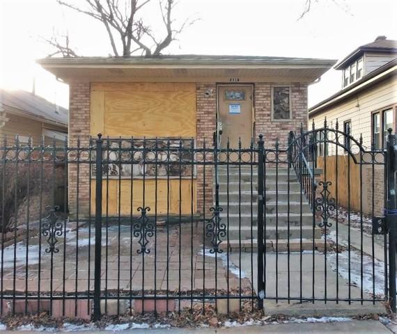 2110 N Moody Avenue, Chicago, IL 60639