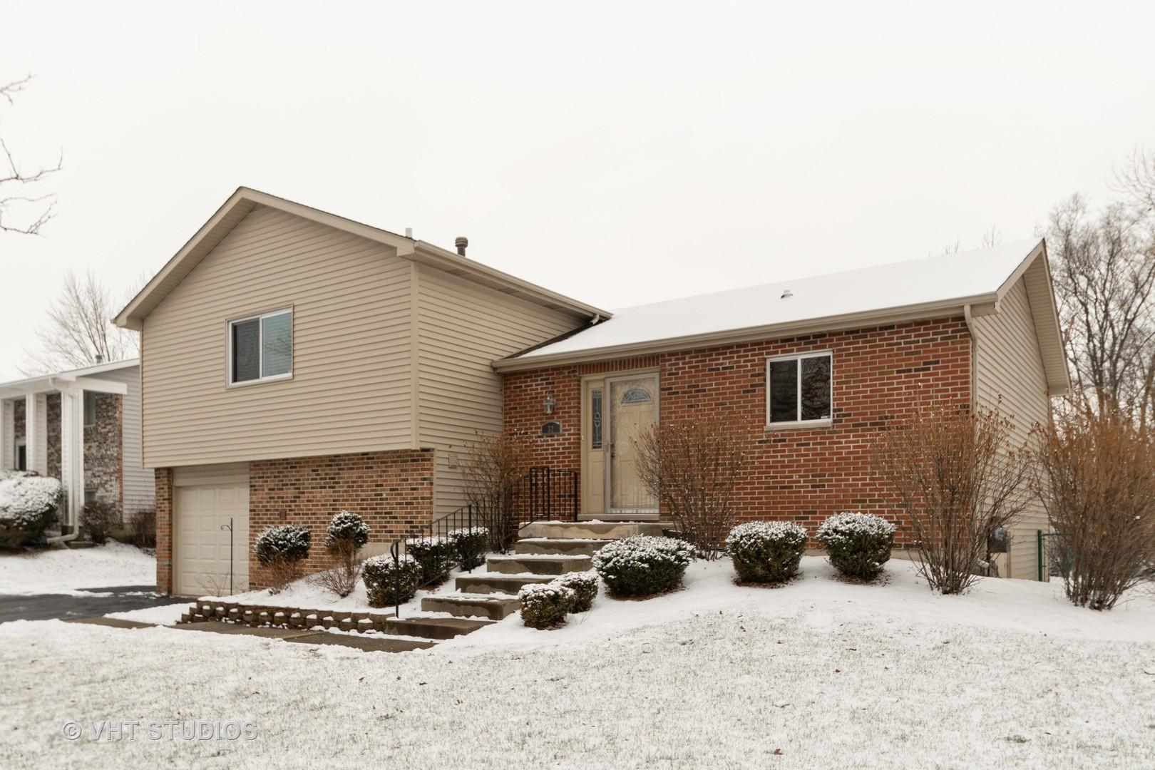 32 Willow Road, Matteson, IL 60443