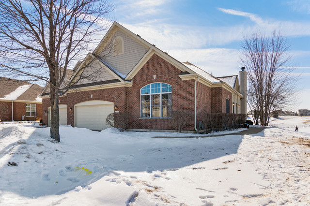 4080 Coyote Lakes Circle, Lake In The Hills, IL 60156