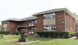 381 W Terra Cotta Avenue, Crystal Lake, IL 60014