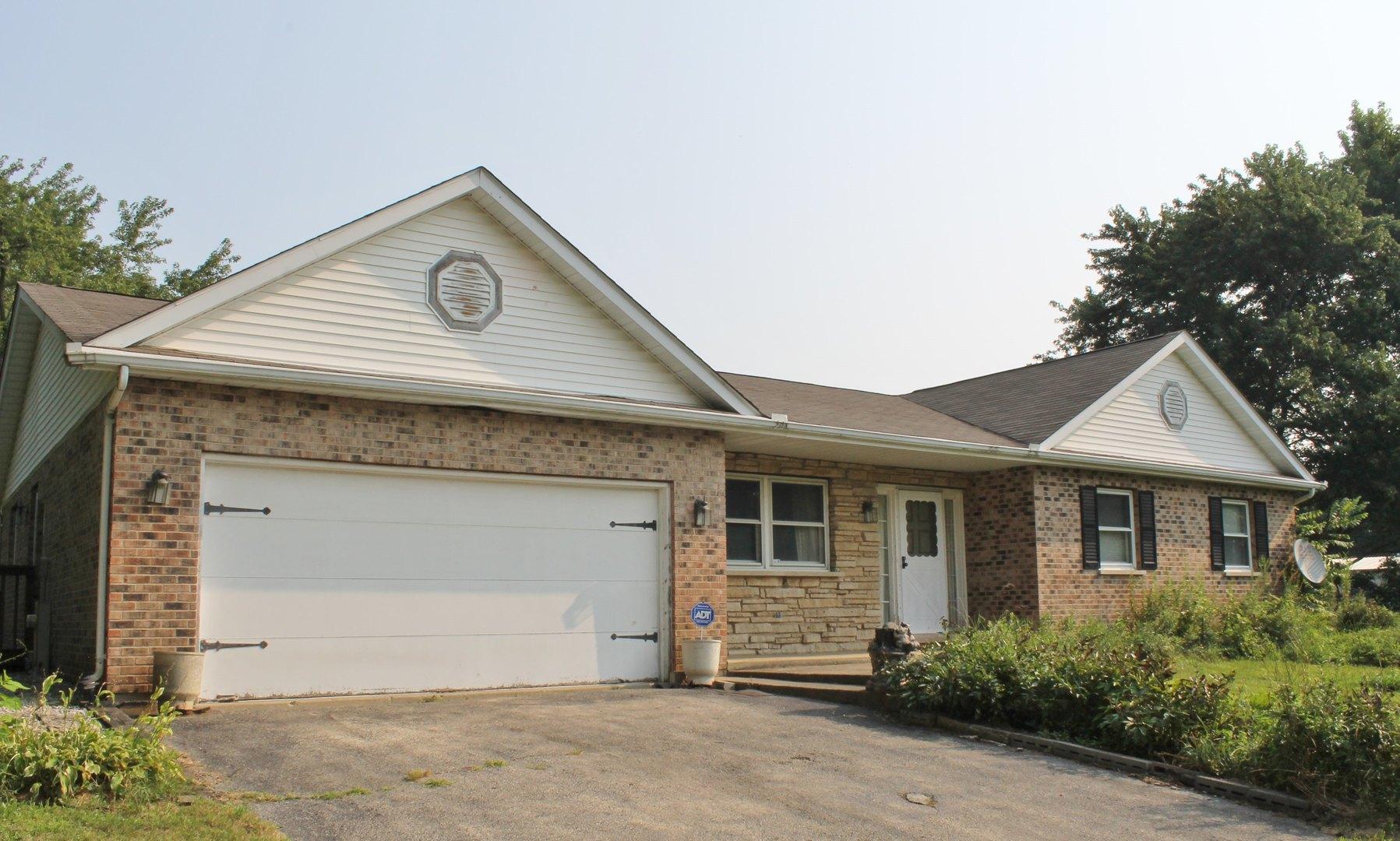 4916 E Crystal Lake Avenue, Crystal Lake, IL 60014