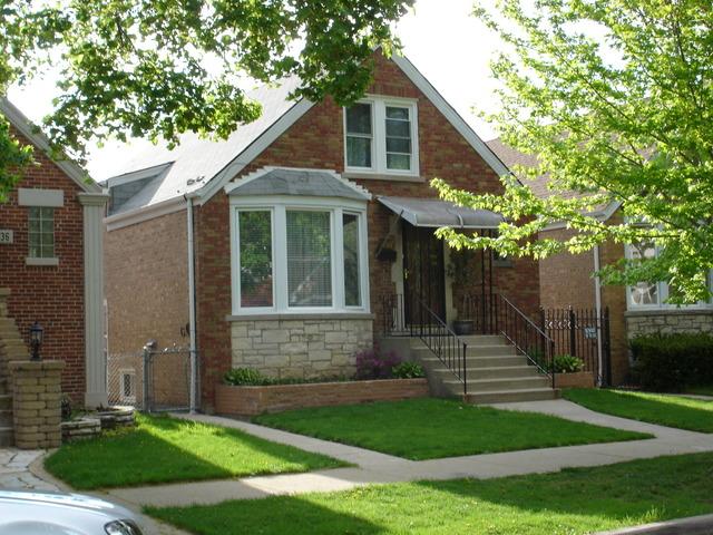 3440 N Neva Avenue, Chicago, IL 60634