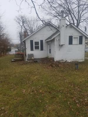 32 Rushmore Road, Fox Lake, IL 60020