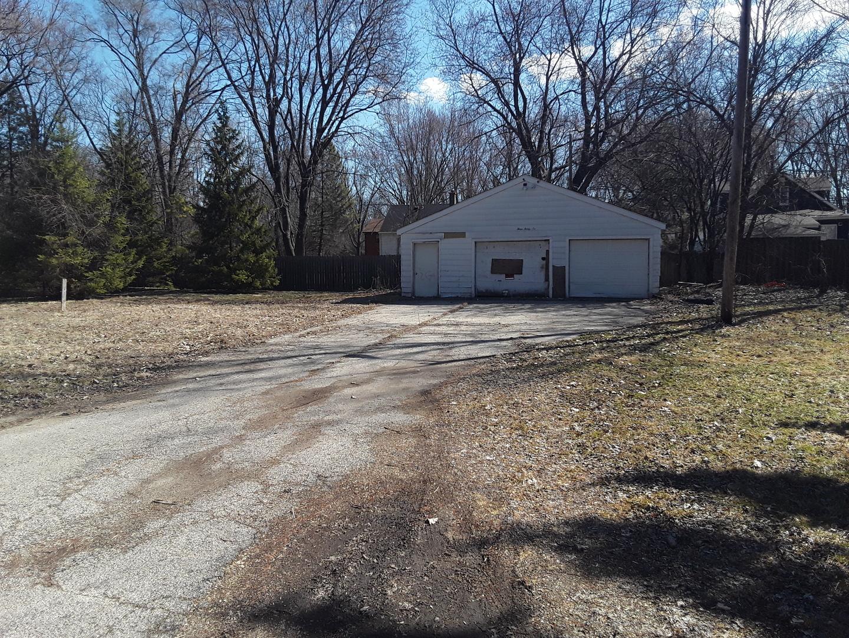 336 Rosedale Drive, Lakemoor, IL 60051