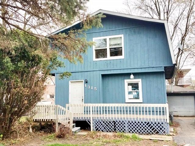 1315 N Pleasant Drive, Round Lake Beach, IL 60073