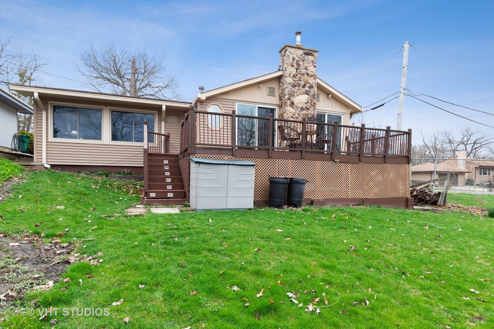 23509 W Parkway Avenue, Lake Villa, IL 60046