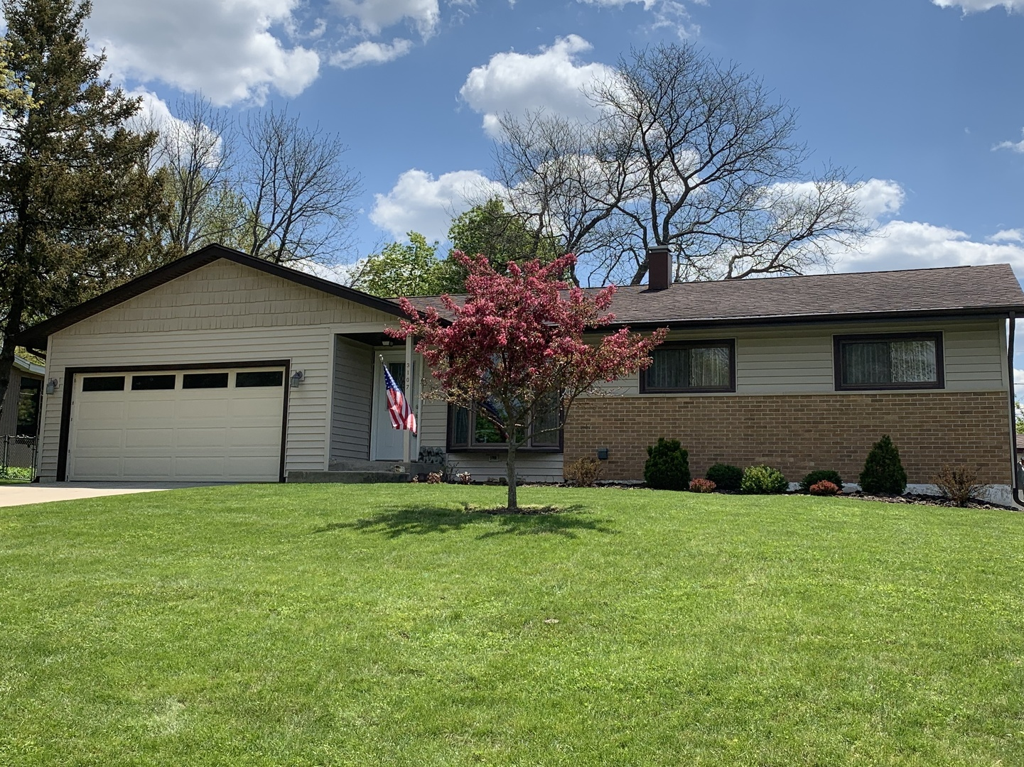 3107 Highland Drive, Cary, IL 60013