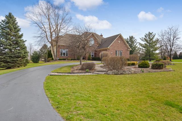 2604 Bridlewood Lane, Crystal Lake, IL 60012
