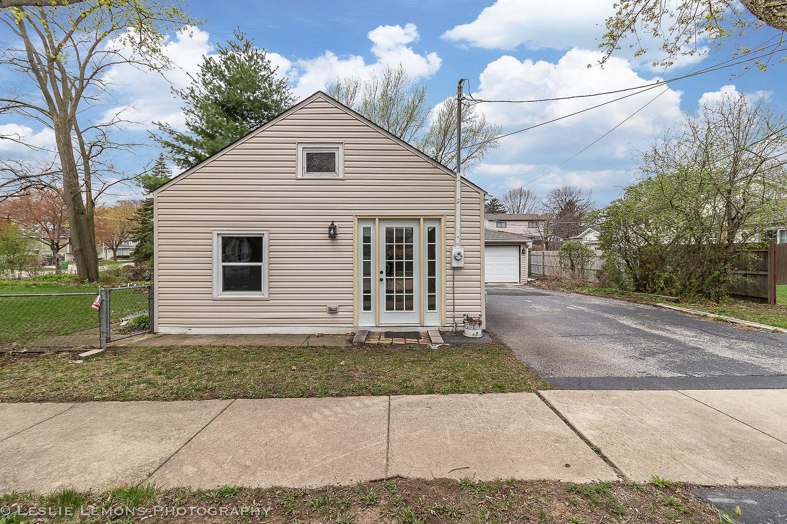 416 E Berkshire Avenue, Lombard, IL 60148