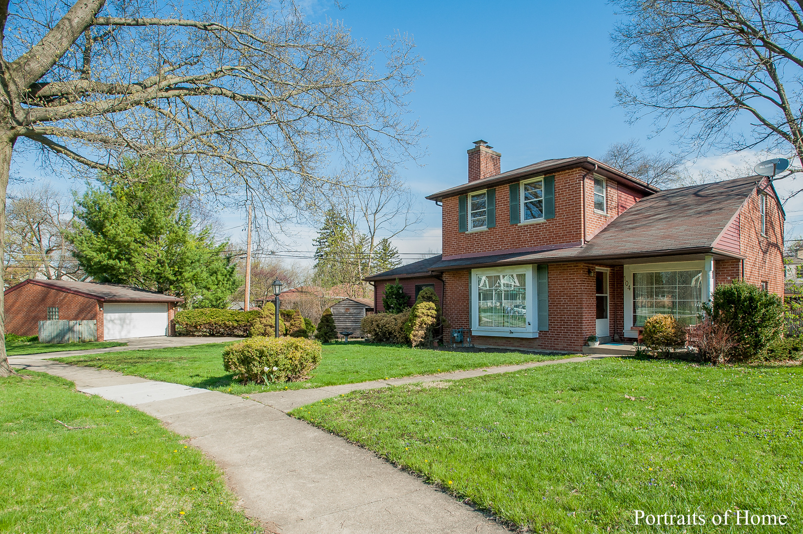 104 Eastview Terrace, Lombard, IL 60148