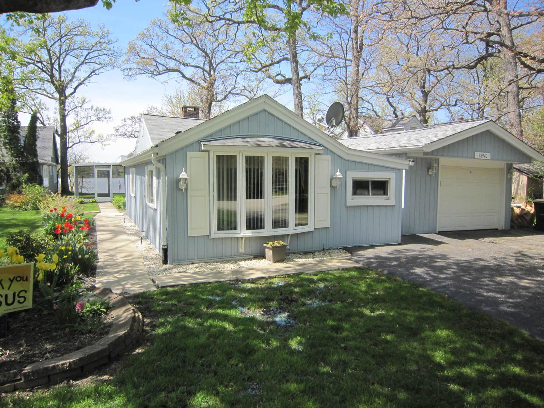 36940 N Corona Drive, Lake Villa, IL 60046
