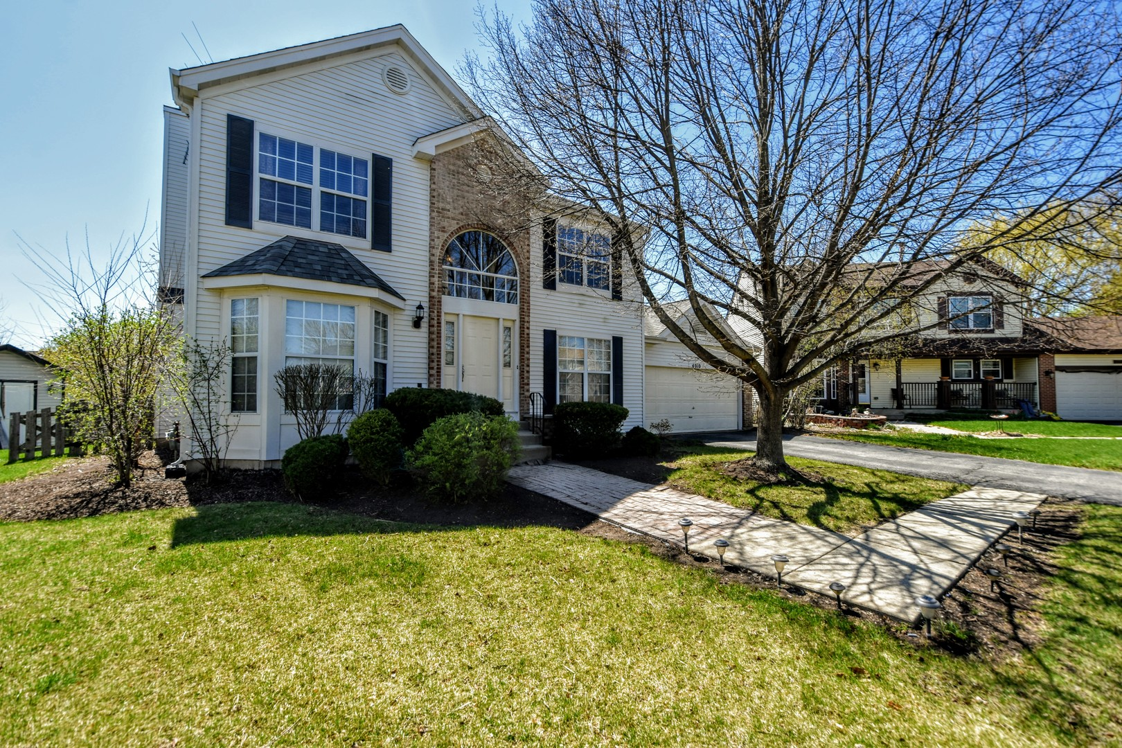 4010 Springlake Court, Lake In The Hills, IL 60156