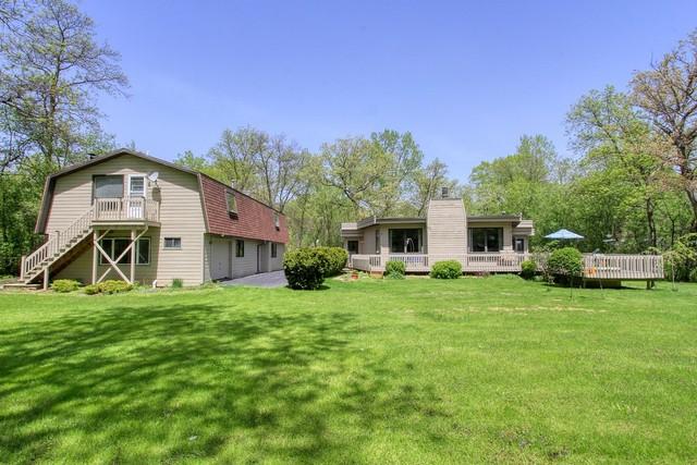8801 Hickory Lane, Wonder Lake, IL 60097