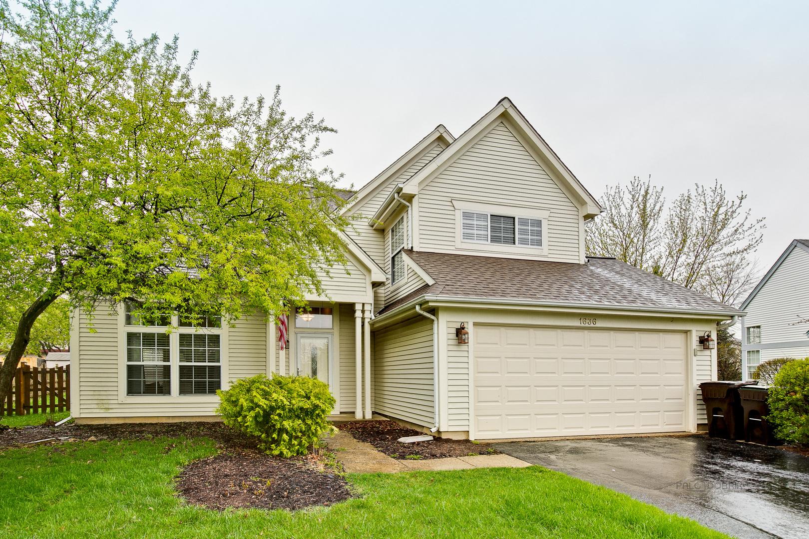 1636 Kennsington Lane, Crystal Lake, IL 60014