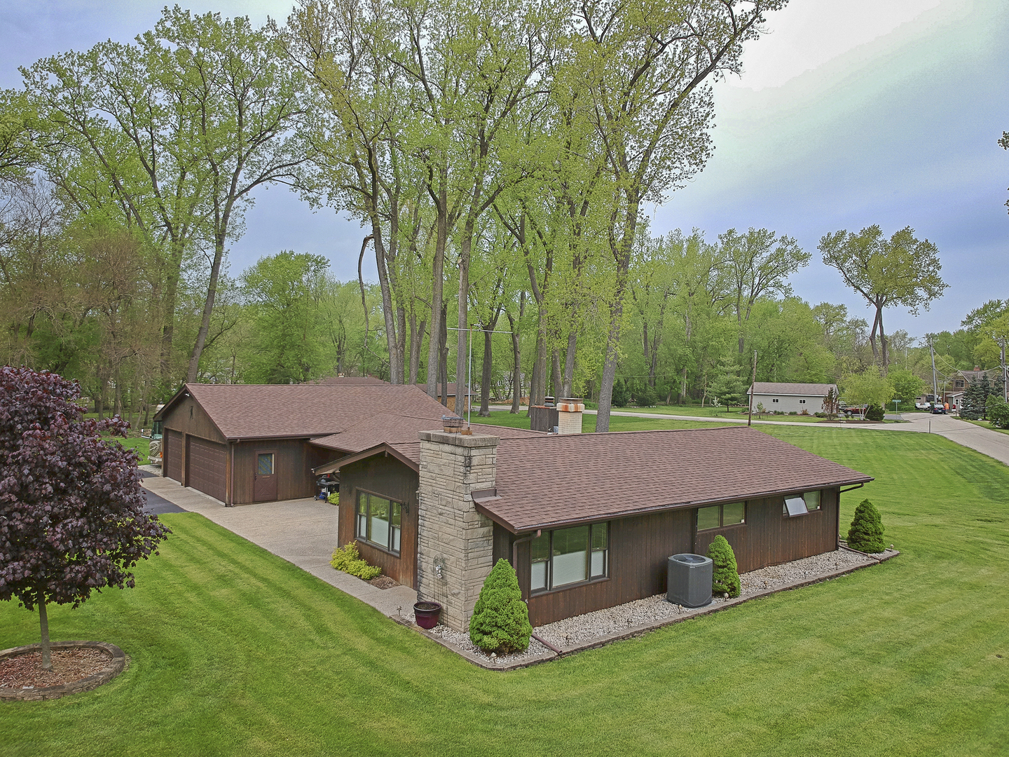 1206 Whippoorwill Drive, Crystal Lake, IL 60014