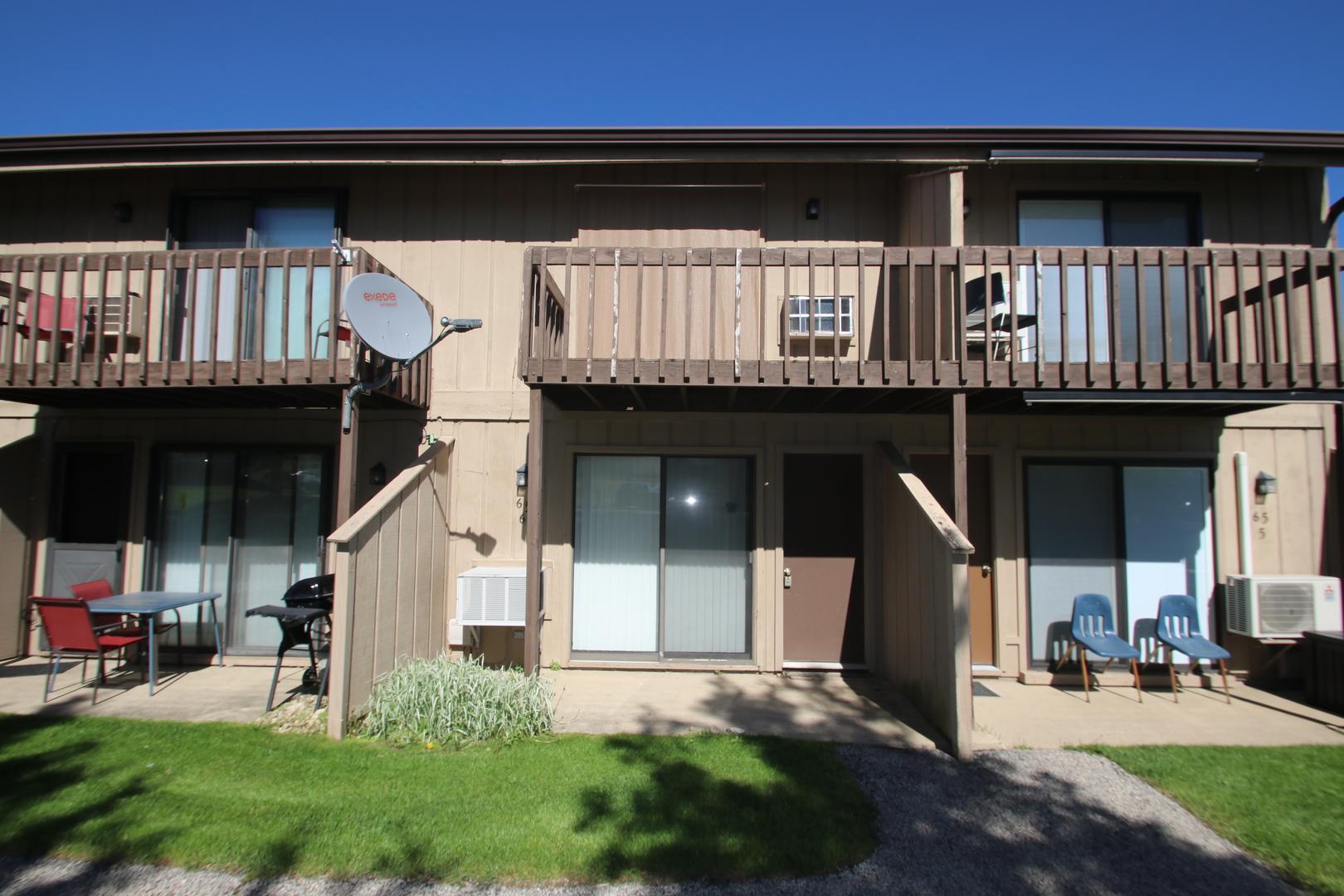65 Aspen Colony, Fox Lake, IL 60020