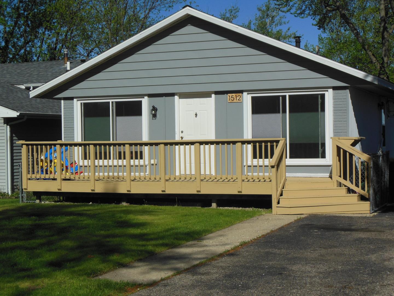 1512 N Lake Shore Drive, Round Lake Beach, IL 60073