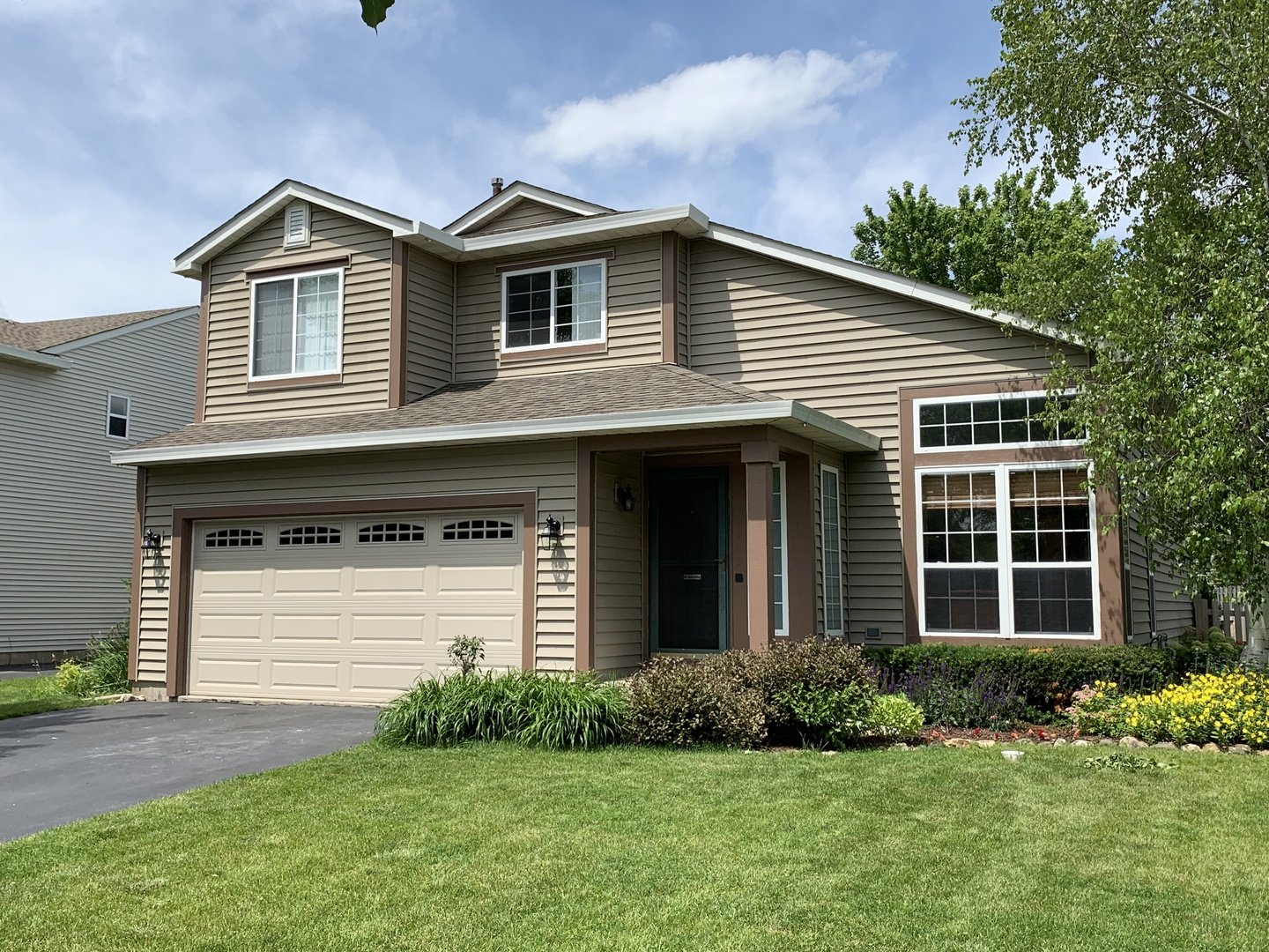 4841 Bordeaux Drive, Lake In The Hills, IL 60156