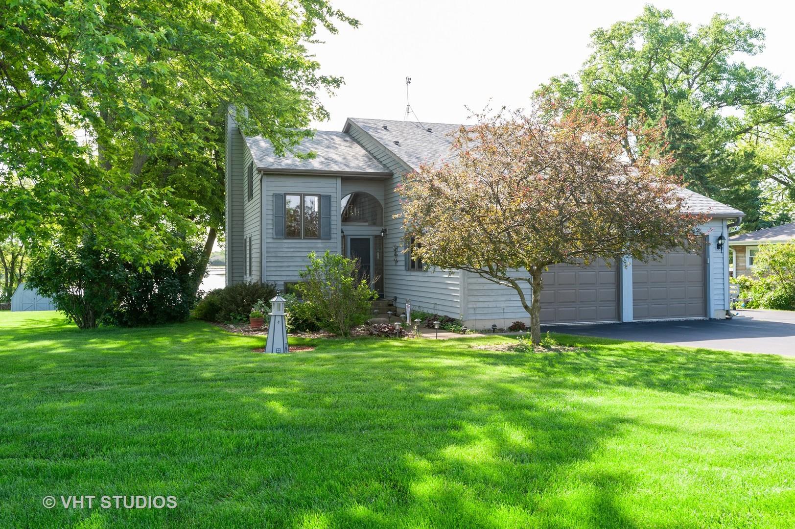 37885 N Douglas Lane, Lake Villa, IL 60046