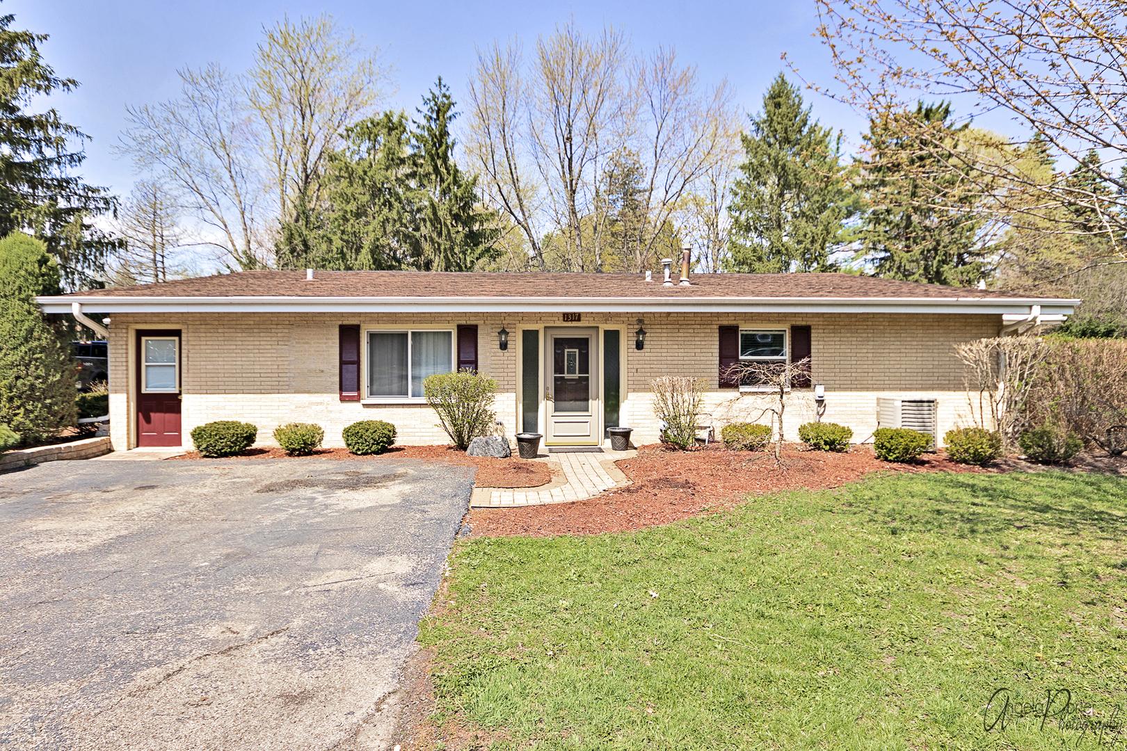 1317 N Cedar Lake Road, Lake Villa, IL 60046