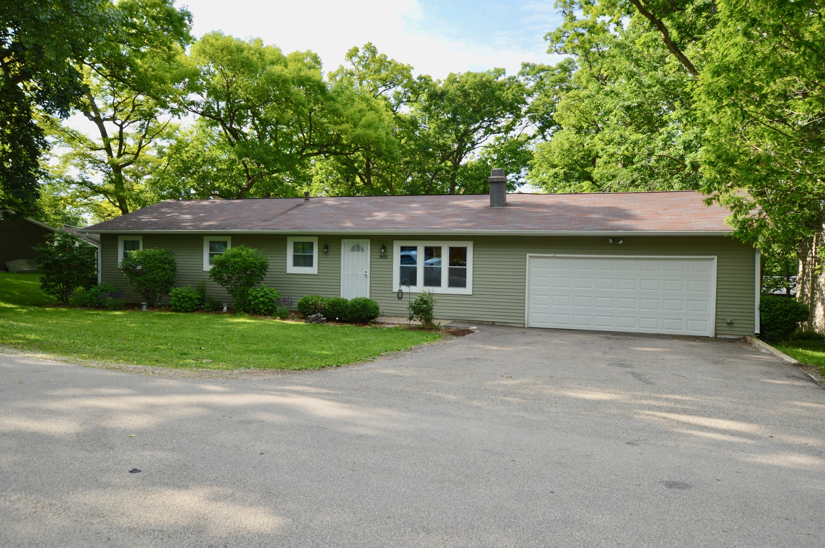 8616 Alden Road, Wonder Lake, IL 60097