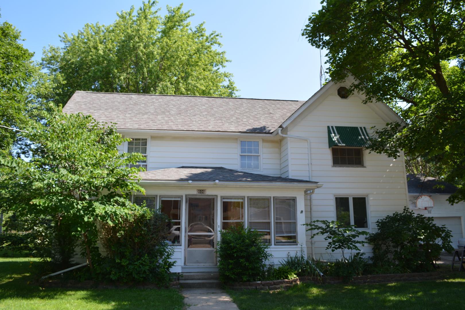 606 E Prairie Street, Marengo, IL 60152