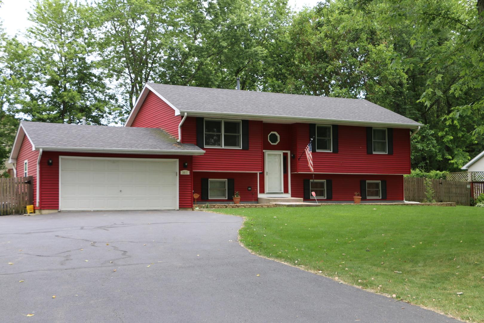 3612 E Wonder Lake Road, Wonder Lake, IL 60097