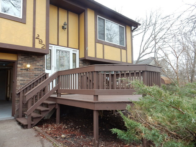 292 Mohawk Trail, Lake In The Hills, IL 60156