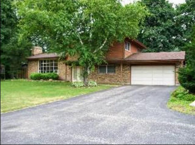 119 Wildflower Lane, Crystal Lake, IL 60014