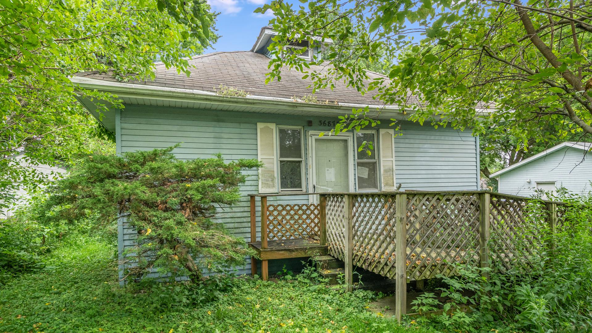 36877 N Lake Street, Ingleside, IL 60041