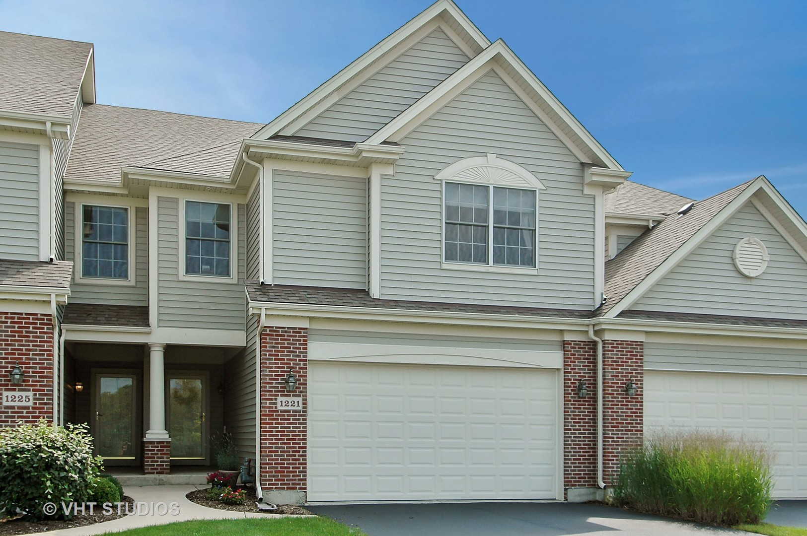 1221 Prairie View Parkway, Cary, IL 60013