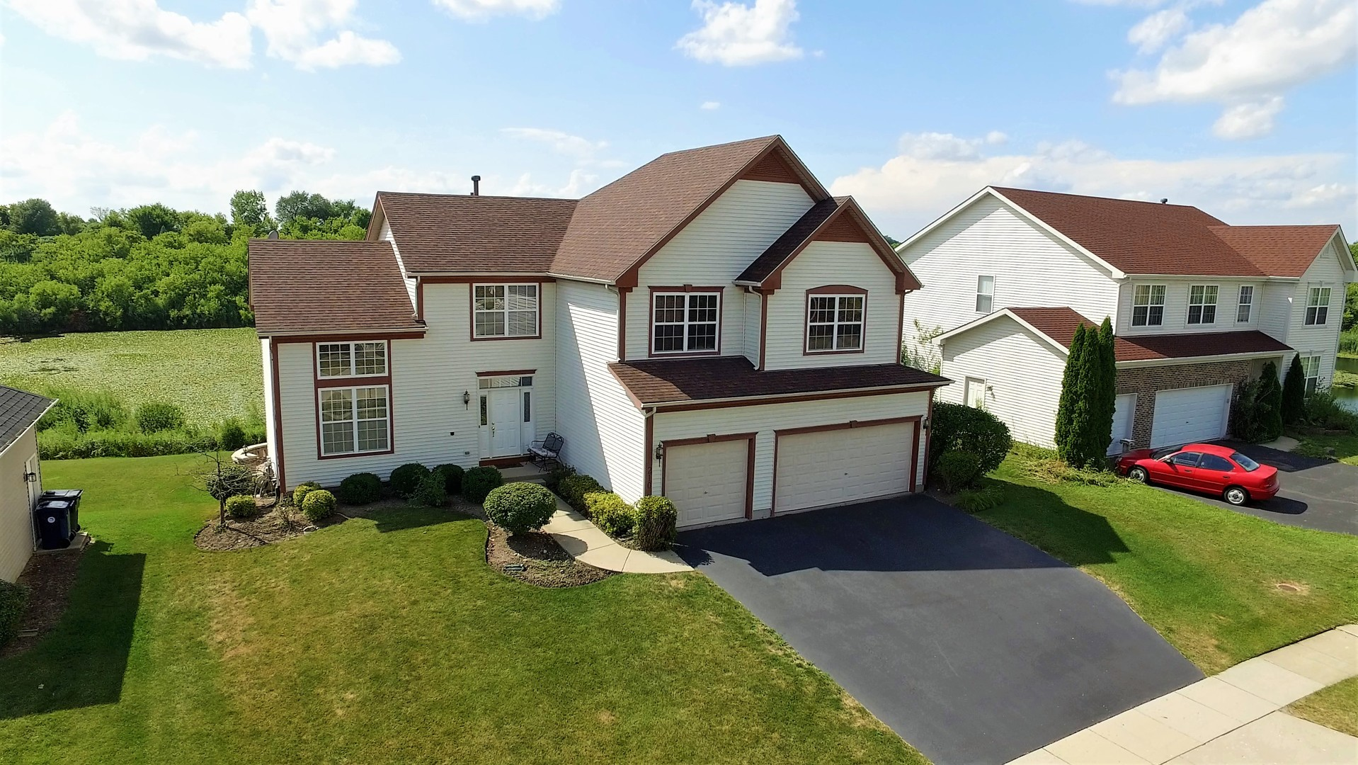 210 High Point Ridge, Algonquin, IL 60102