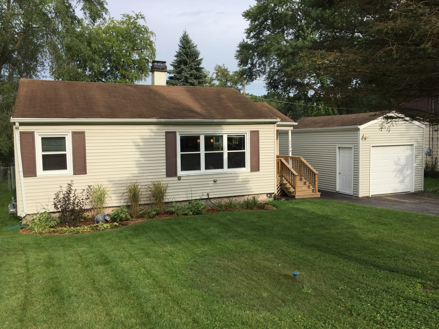 5708 Meadow Hill Lane, Mchenry, IL 60051
