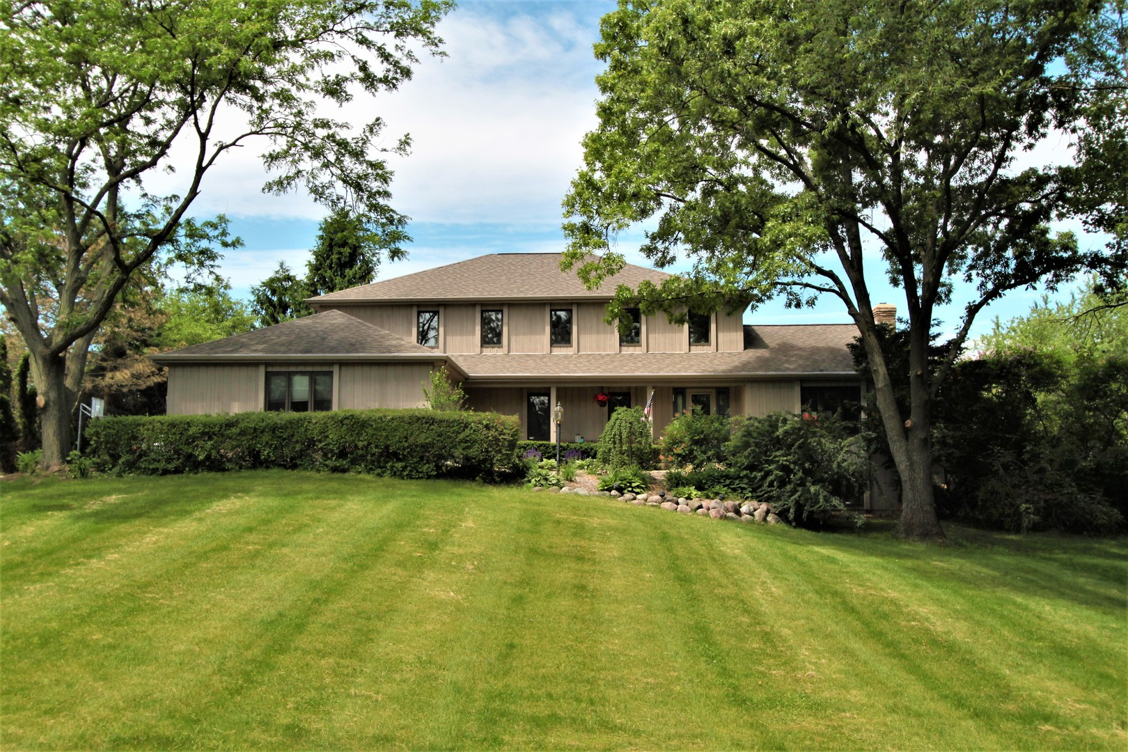 6119 S Blue Court, Crystal Lake, IL 60014