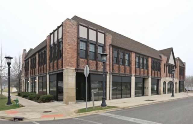 260 E Kenilworth Avenue, Villa Park, IL 60181