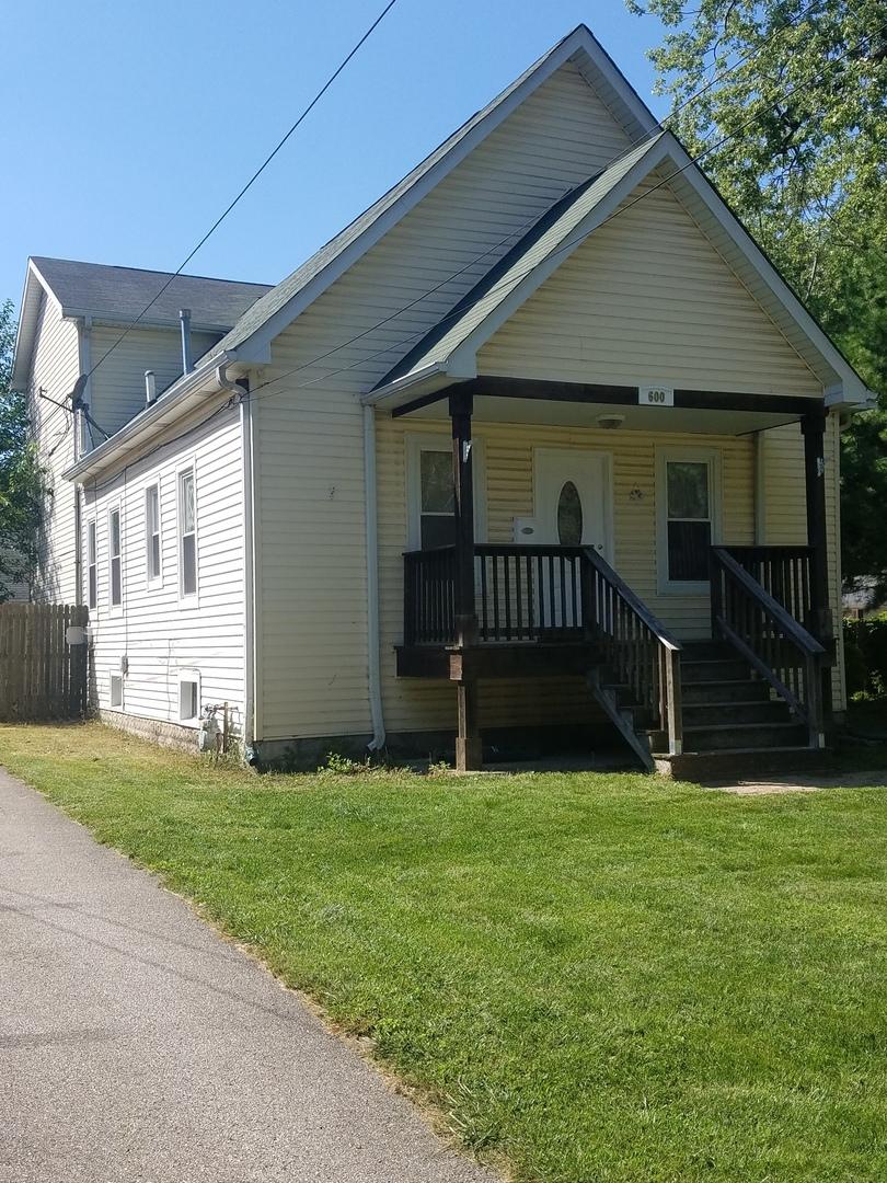 600 S Riverside Drive, Villa Park, IL 60181