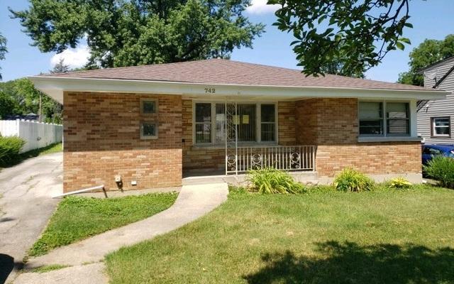 742 S Illinois Avenue, Villa Park, IL 60181