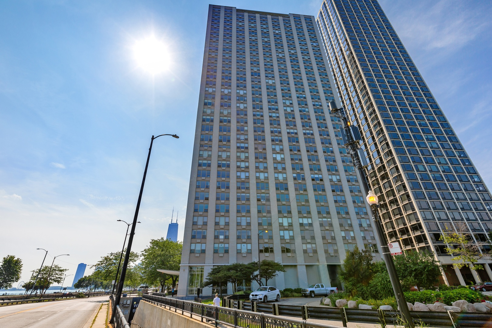 1550 N Lakeshore Drive, Chicago, IL 60610