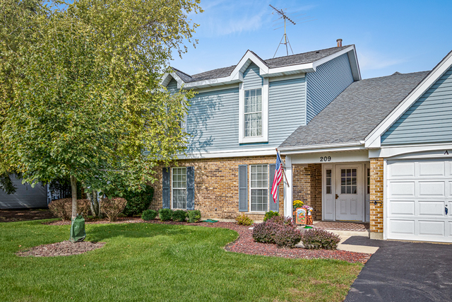 209 N Creekside Trail, Mchenry, IL 60050