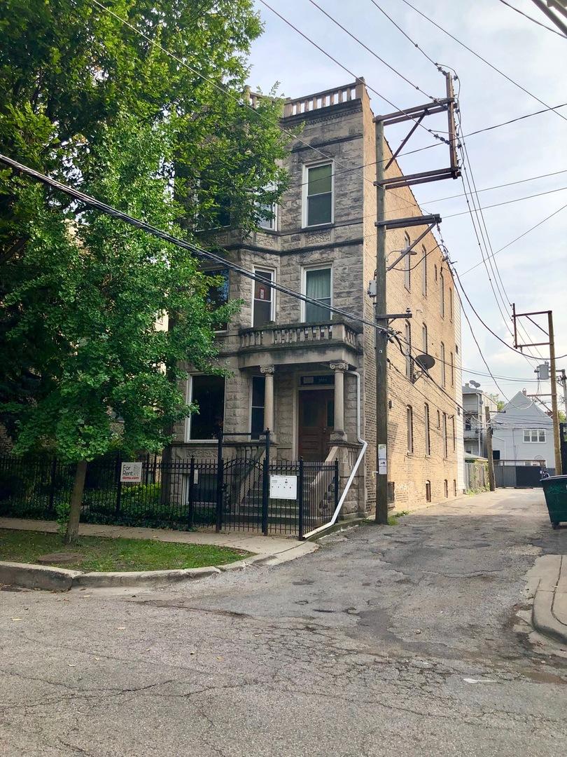 3139 W Belden Avenue, Chicago, IL 60647