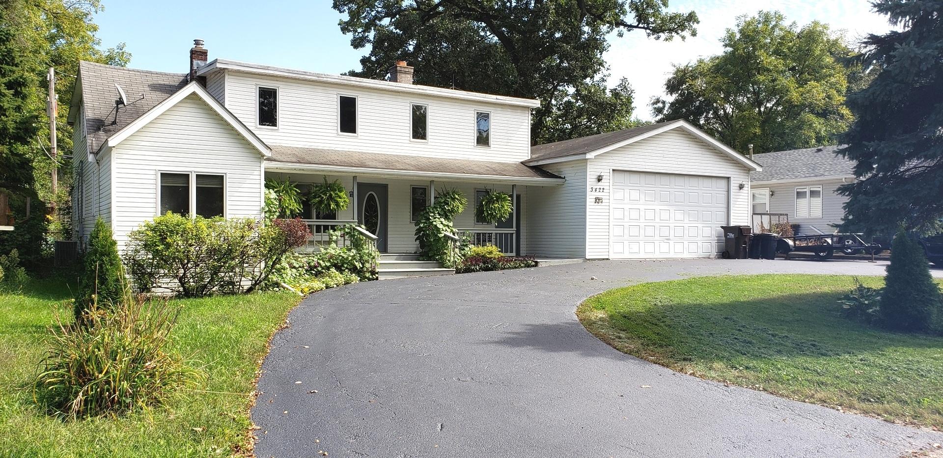 3422 Oakwood Drive, Island Lake, IL 60042