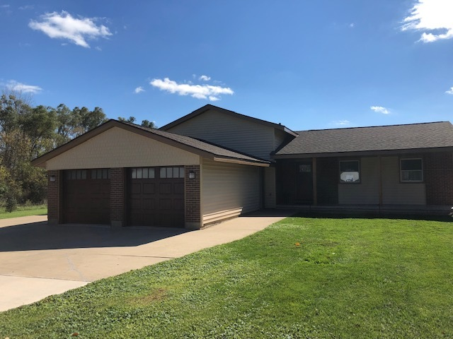 321 W Dowell Road, Mchenry, IL 60051